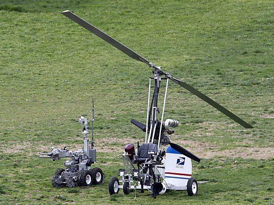 Der Minihubschrauber wurde auf Bomben untersucht