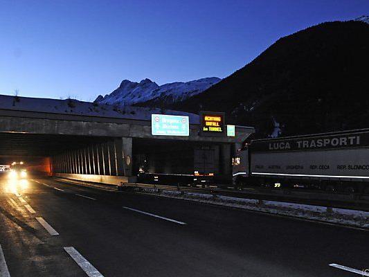Der Arlbergtunnel wird für ein halbes Jahr gesperrt