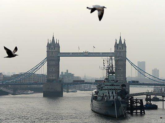 Nebel über London: Hohe Kosten durch Luftverschmutzung in EU