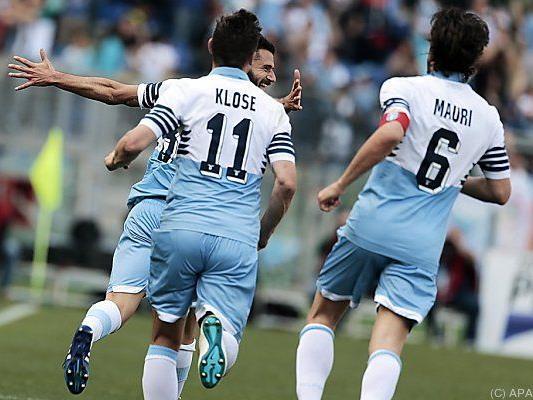 Klose, Candreva, Mauri nach Candrevas Tor zum 3:0 für Lazio