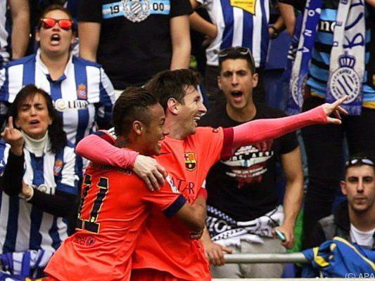 Ein gewohntes Bild: Neymar und Messi jubeln als Torschützen