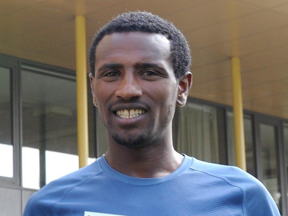 Sisay Lemma gewinnt den Vienna City Marathon 2015.
