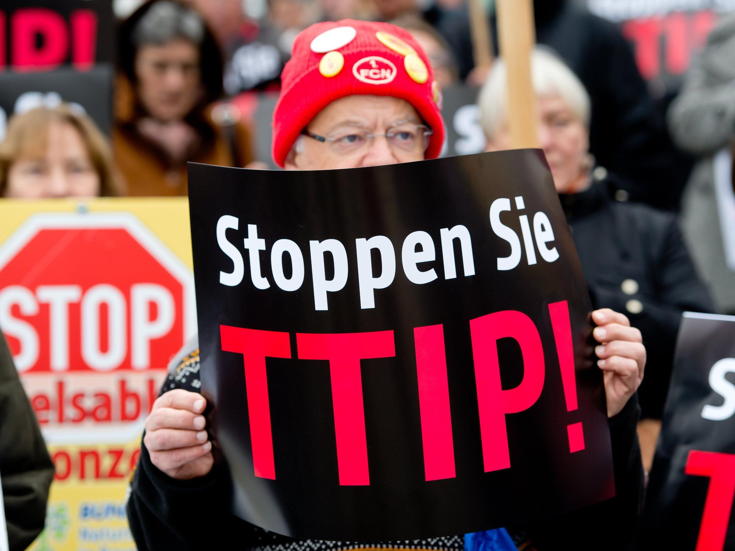 Demonstration gegen Freihandelsabkommen erreicht Wien
