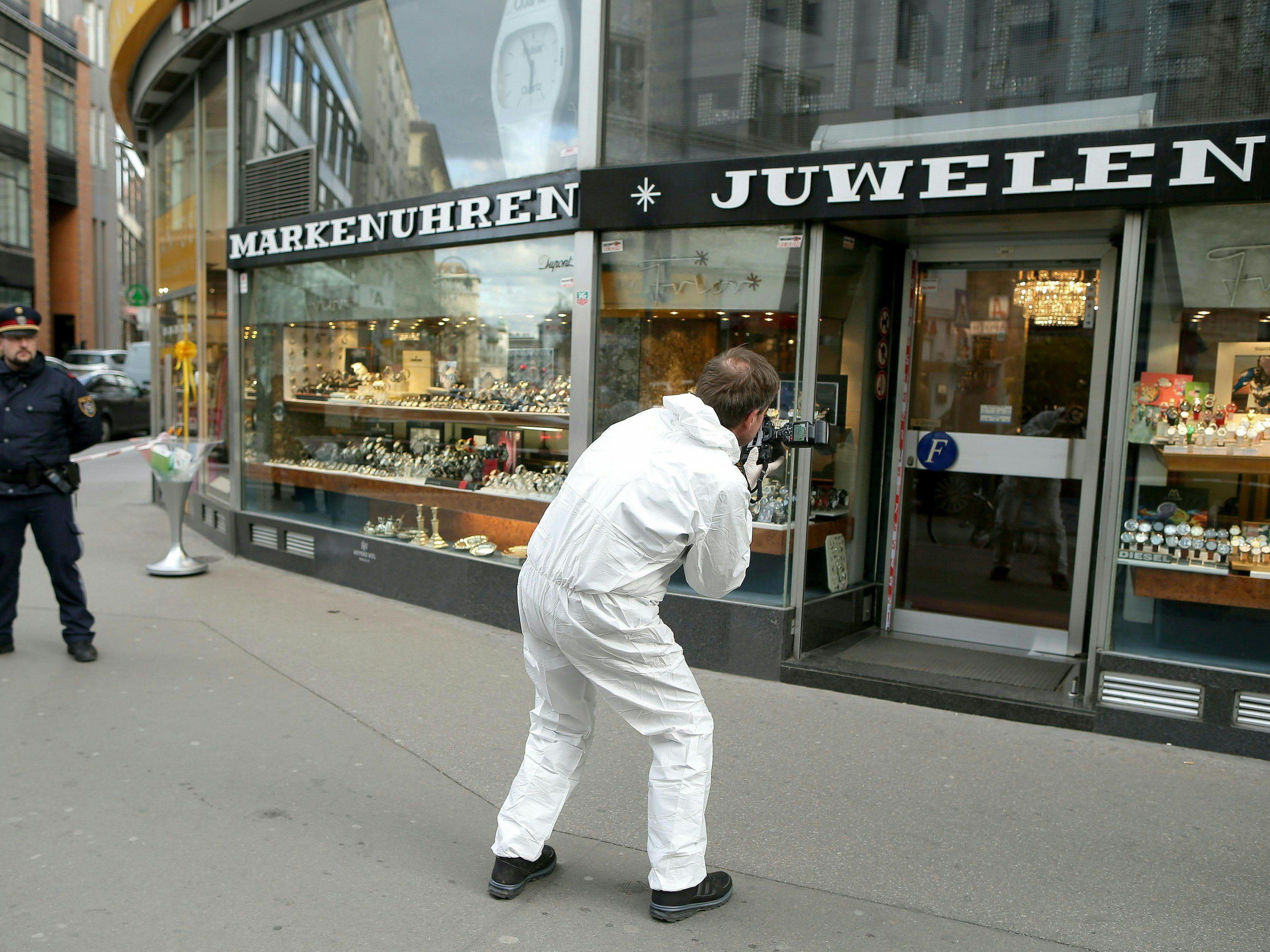 Juwelier in der Innenstadt überfallen