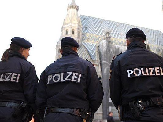 In der Wiener Innenstadt wird die Polizei hunderten Demonstranten das Geleit geben