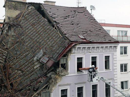 Das Haus war nach einer Explosion eingestürzt,