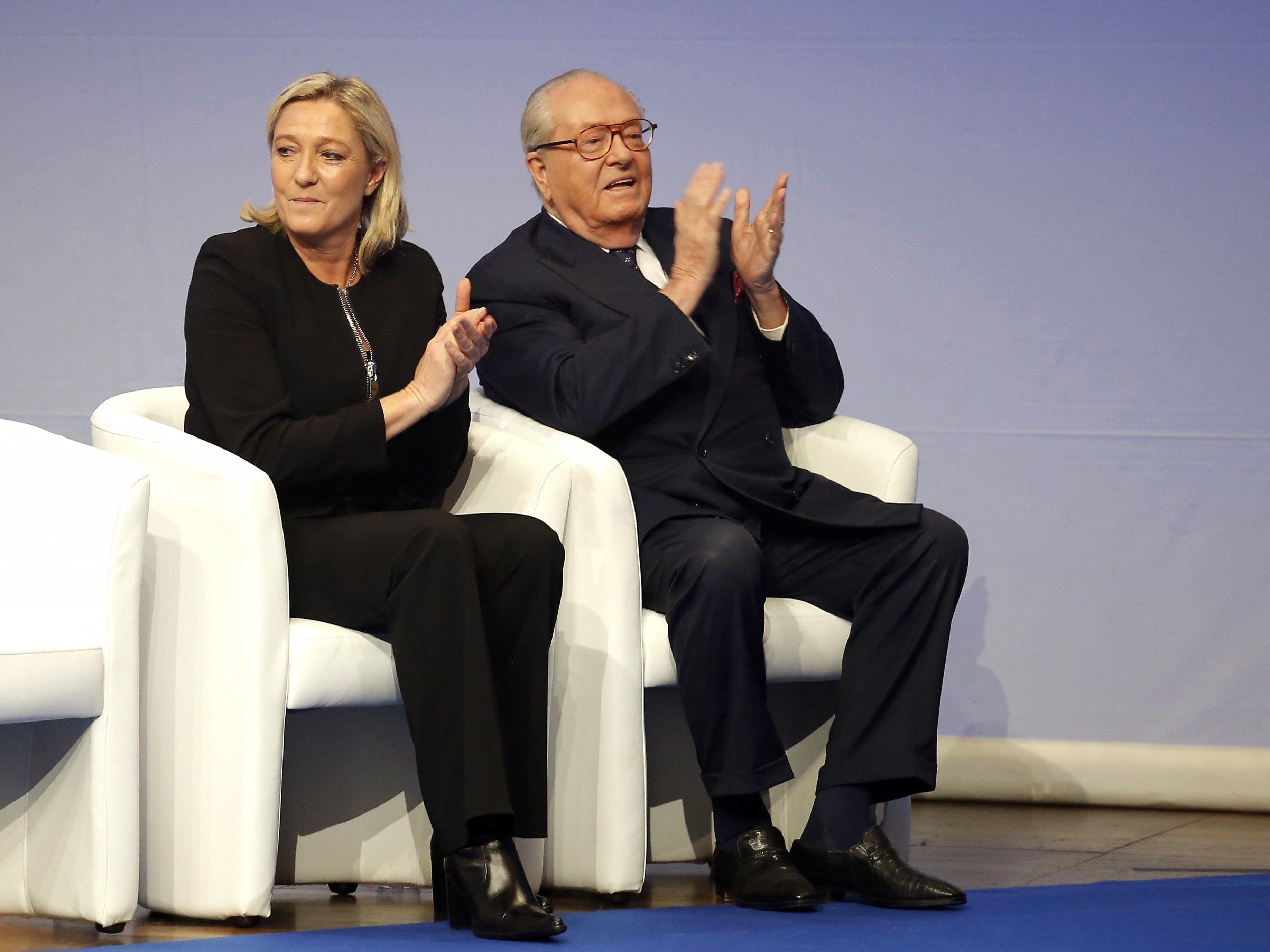Familienkrach im Hause Le Pen.