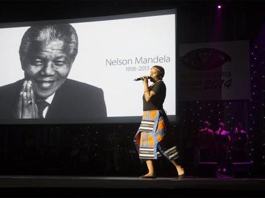 Großes Konzert zu Ehren von Nelson Mandela.