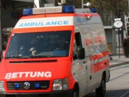 Ein knapp Zweijähriger wurde bei einem Unfall verletzt