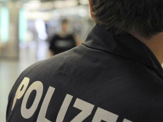 Polizist erlitt bei Amtshandlung Sehnenriss: Student vor Gericht
