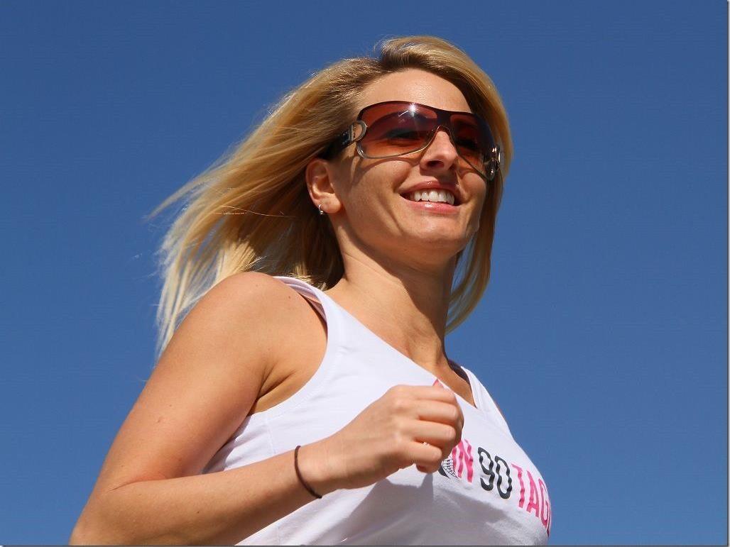 Bewegung an der frischen Luft ist für Ex-Model Jacky Strolz sehr wichtig.