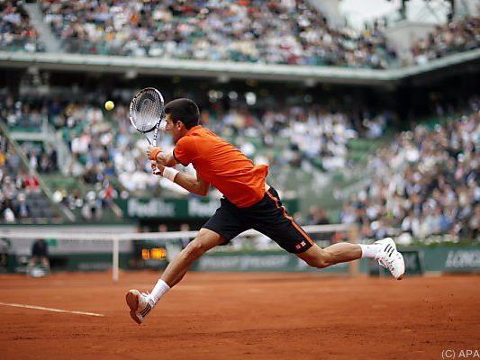 Djokovic recht mühelos weiter