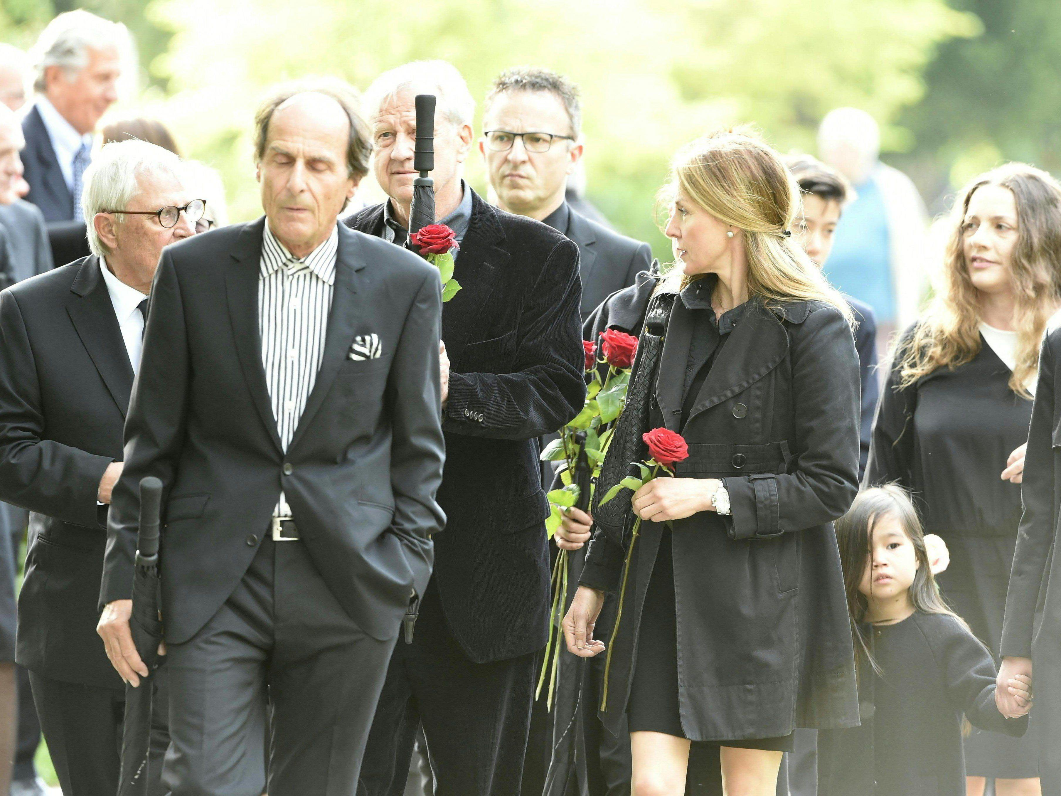 Udo Jürgens Urne wurde am Samstag am Wiener Zentralfriedhof beigesetzt.