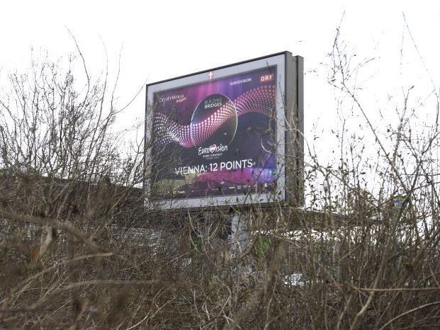 In ganz Wien wird Werbung für den Song Contest gemacht.