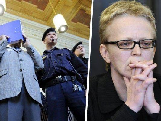 Josef Fritzl und Operanwältin Eva Plaz 2009 beim Prozess
