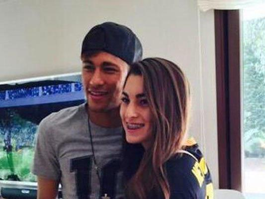 Fan-Girl trifft Neymar.