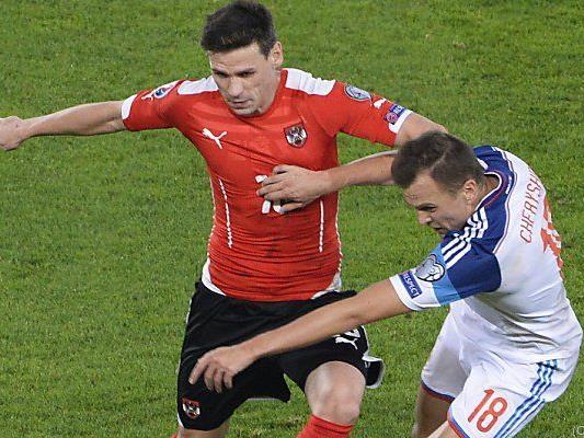Gluschakow im Duell mit Leitgeb beim Spiel in Wien
