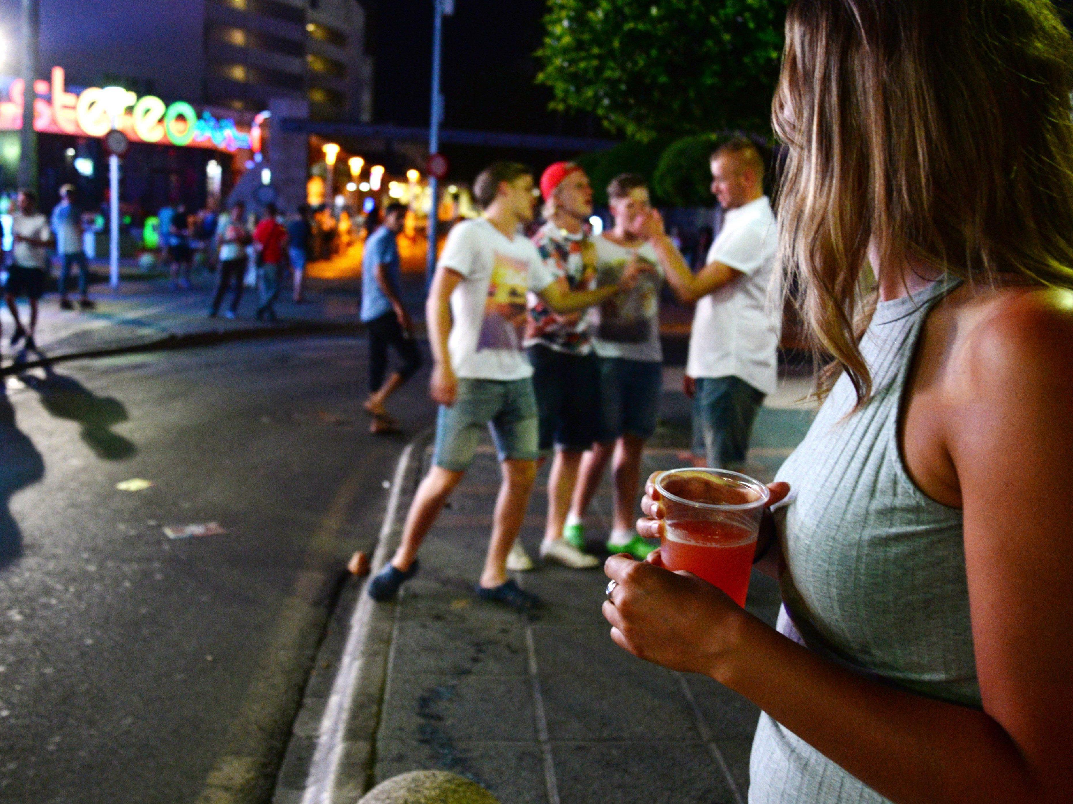 In Magaluf auf Mallorca sollen enue Benimmregeln Trinkgelage und Exzesse eindämmen.
