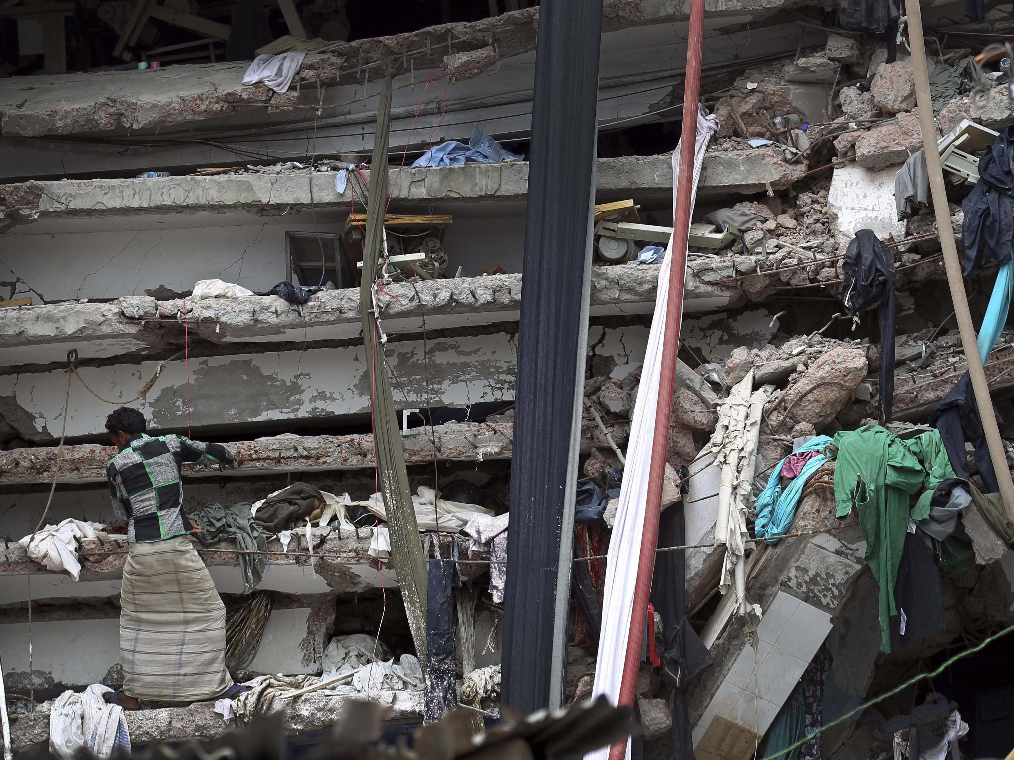 In Bangladesch fiel eine Fabrik den Flammen zum Opfer.
