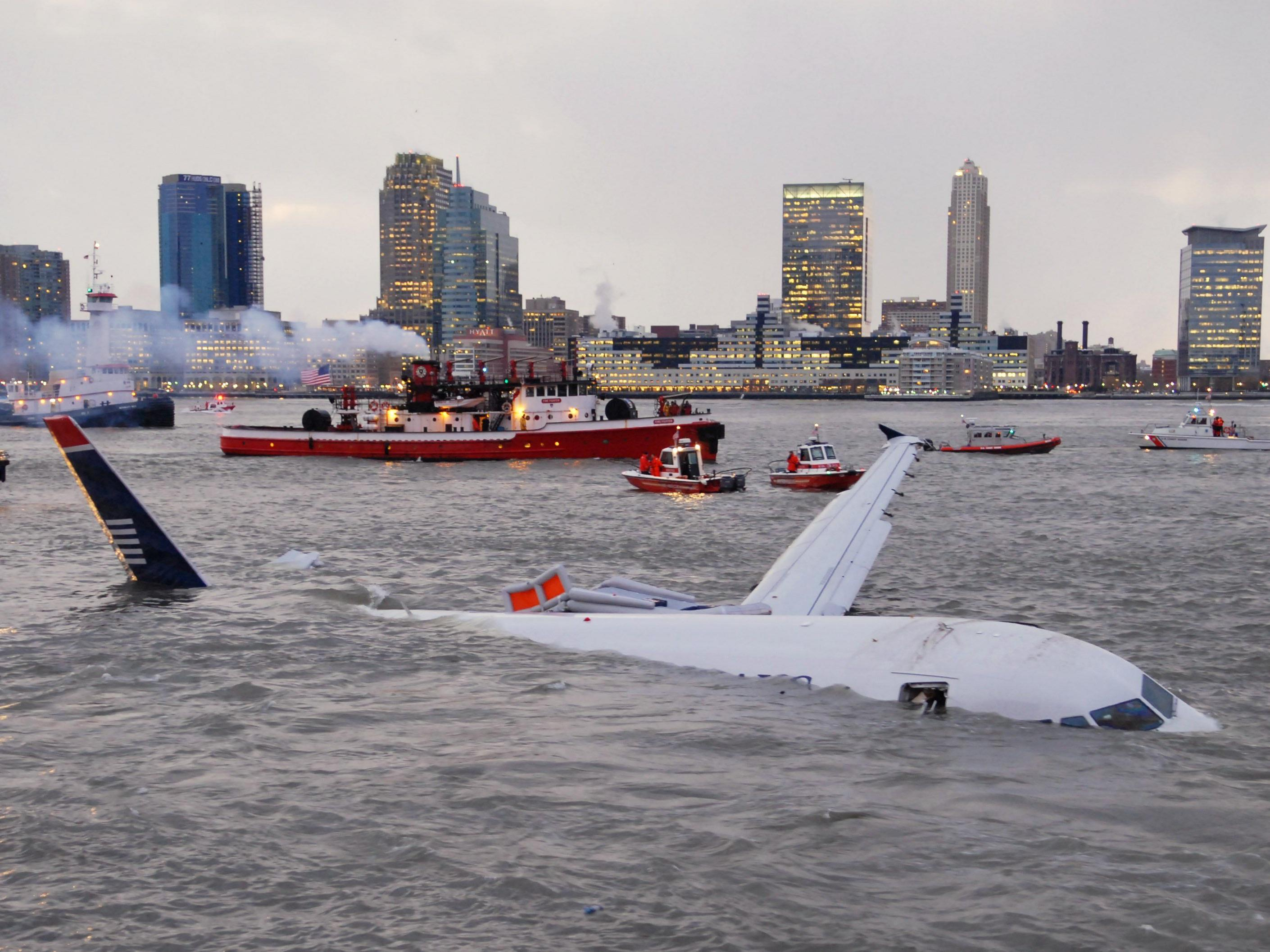 2009 musste Pilot in New York notlanden.