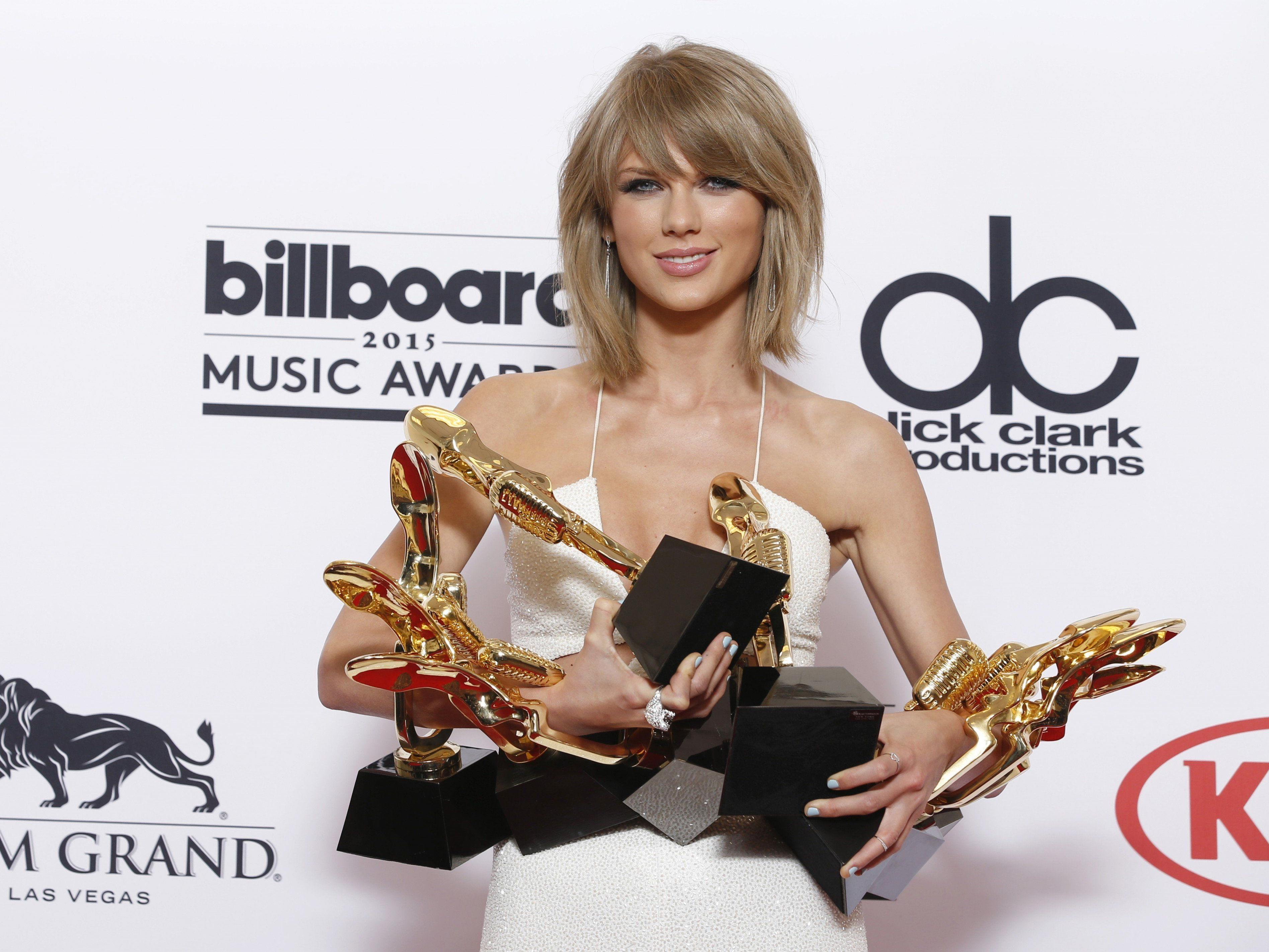 Dank Taylor Swift werden Künstler während Gratis-Probezeit nun doch pro Song-Abruf bezahlt.