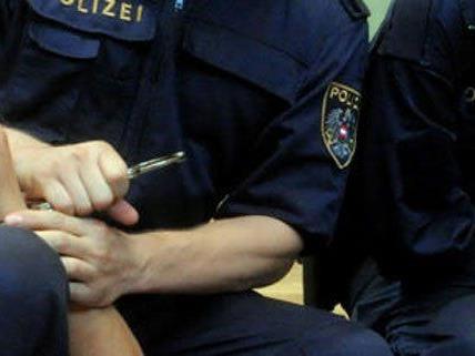 Alkoholisierter attackierte Freundin und Polizisten in Baden