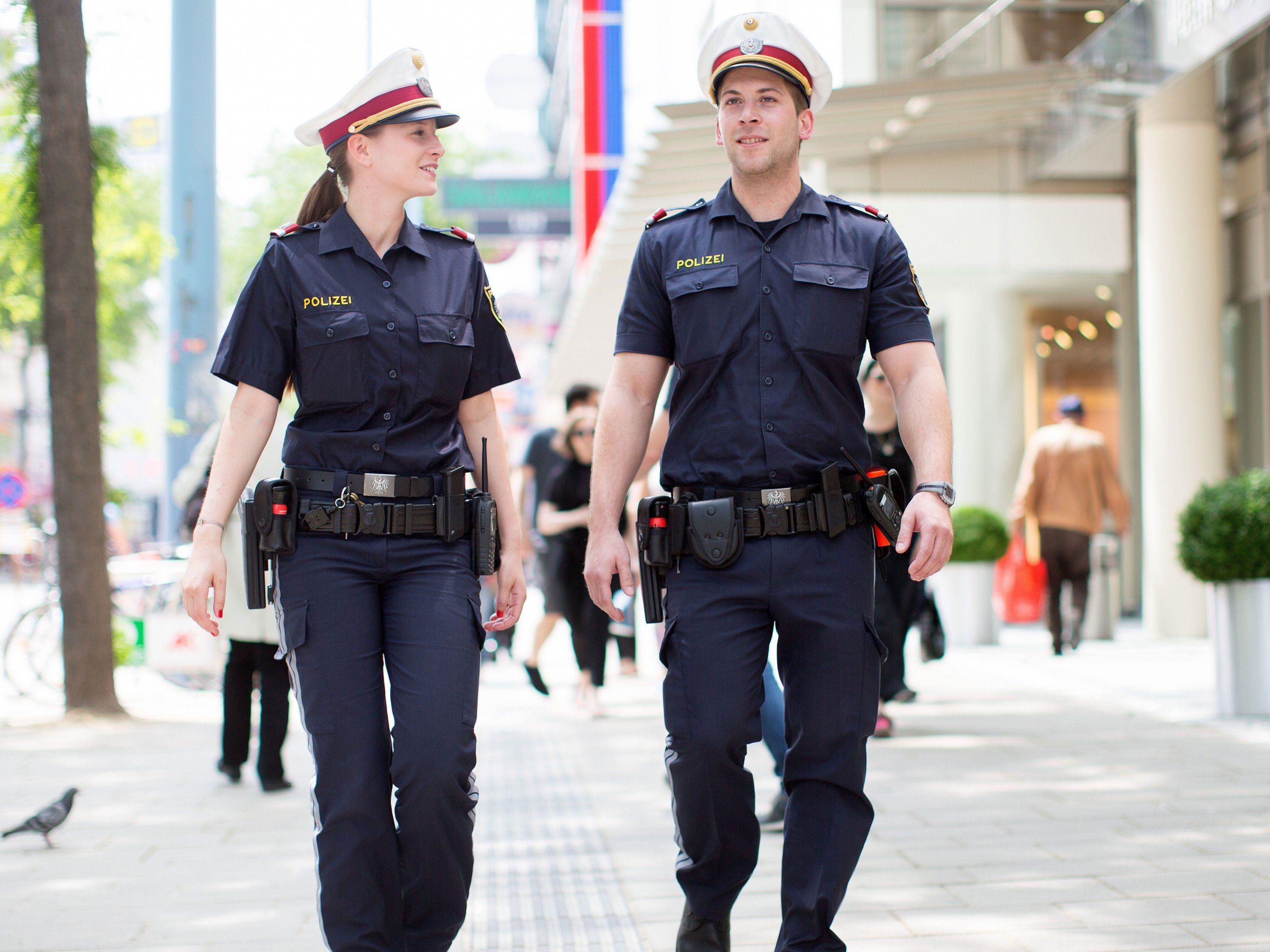 Die Polizei musste den Angreifer in der Mariahilfer Straße stoppen.