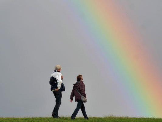 Der ein oder andere Regenbogen wird sich in der kommenden Woche zeigen.