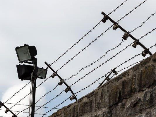 Laut Sicherheitsbericht 2014 waren weniger Jugendliche im Gefängnis.