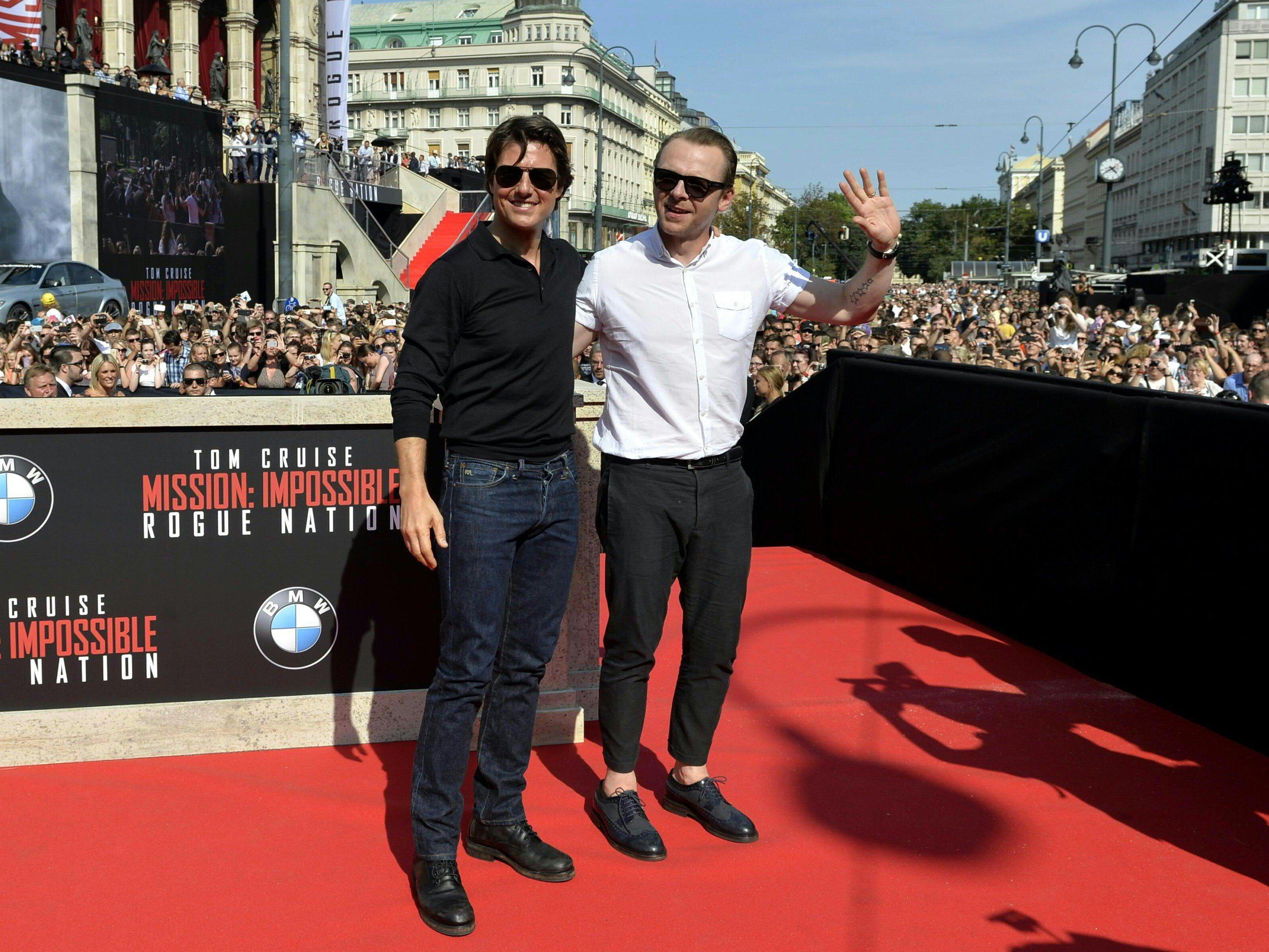 """Tom Cruise und Simon Pegg vor der Weltpremiere von """"Mission: Impossible"""" in Wien."""