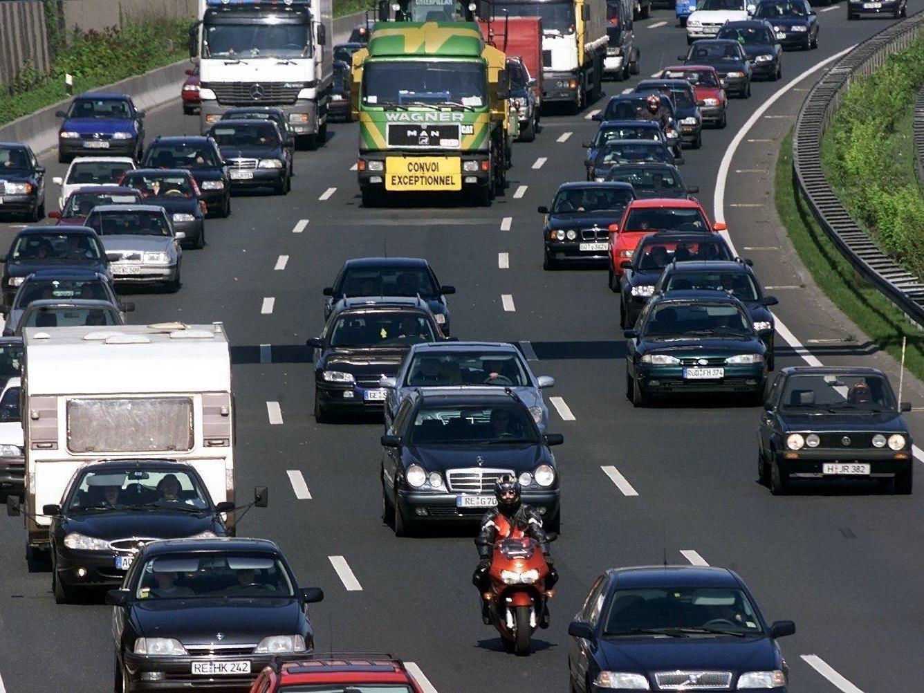 Jeder zweite Pkw-Lenker im Reiseverkehr übermüdet unterwegs