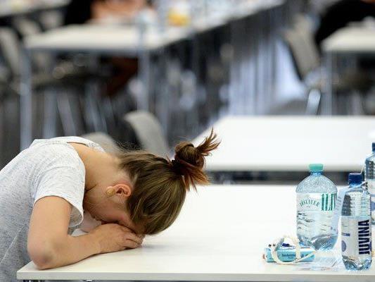 Für einige Studiengänge gibt es Aufnahmetests.