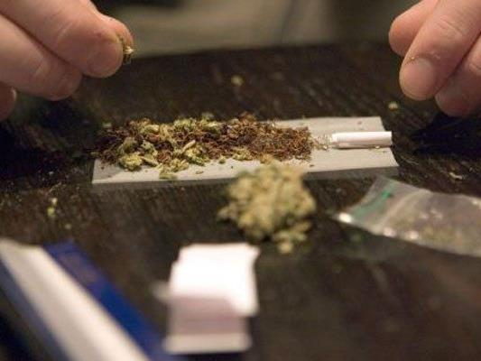 Mit Marihuana soll die Drogen-Affäre in dem Beisl begonnen haben