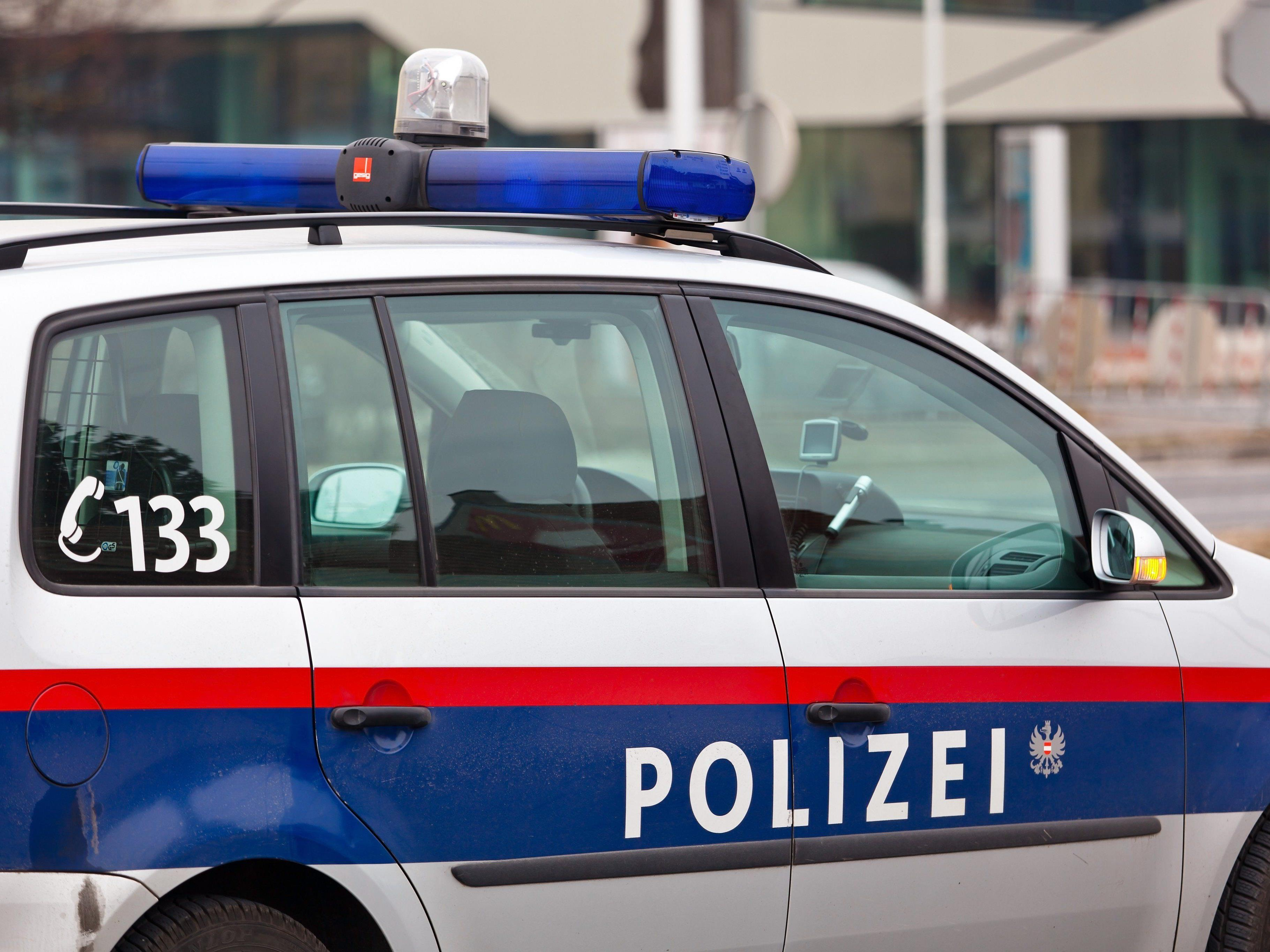 In Österreich tätiger Gastarbeiter auf der Flucht