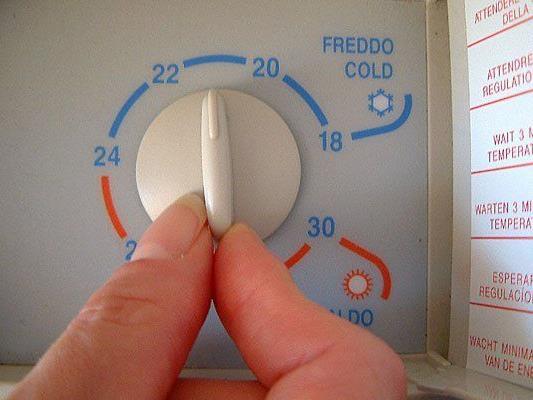 Die wenigsten Menschen haben wohl eine Klimaanlage zuhause - da heißt es findig sein
