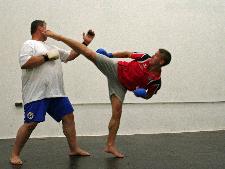 Daniel Wrabec beim Training mit seinem Vater und Trainer Werner.