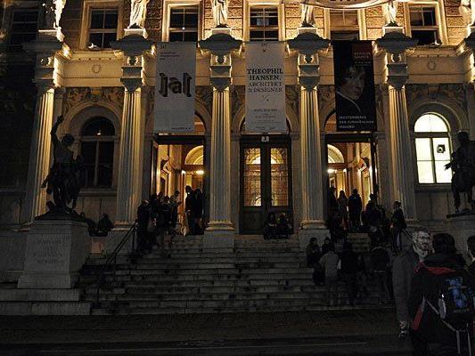 Der erste Stopp der Neonazis in Wien: die Akademie der bildenden Künste