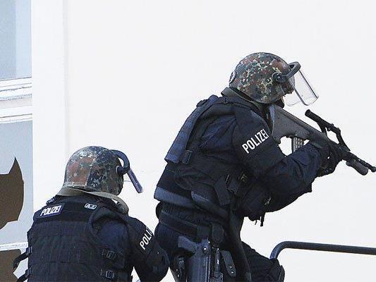 Schüsse in Wien-Umgebung riefen am Sonntag die Cobra auf den Plan.