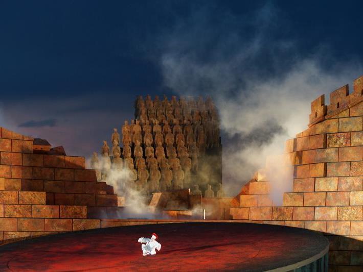 Turandot auf der Seebühne: 84.000 Besucher wollten sich das bislang nicht entgehen lassen.