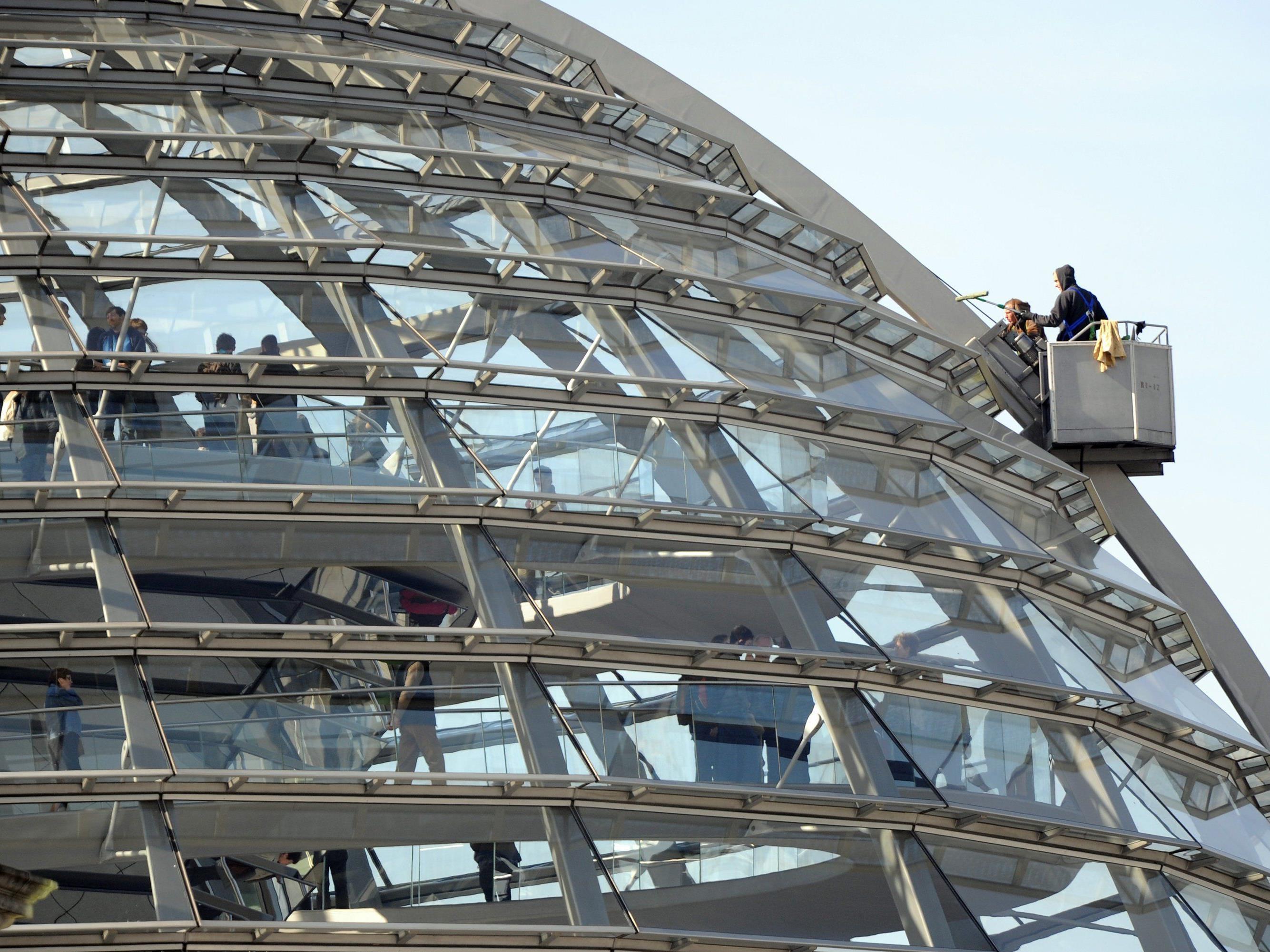 Tropische Temperauren herrschen in der Reichstagskuppel