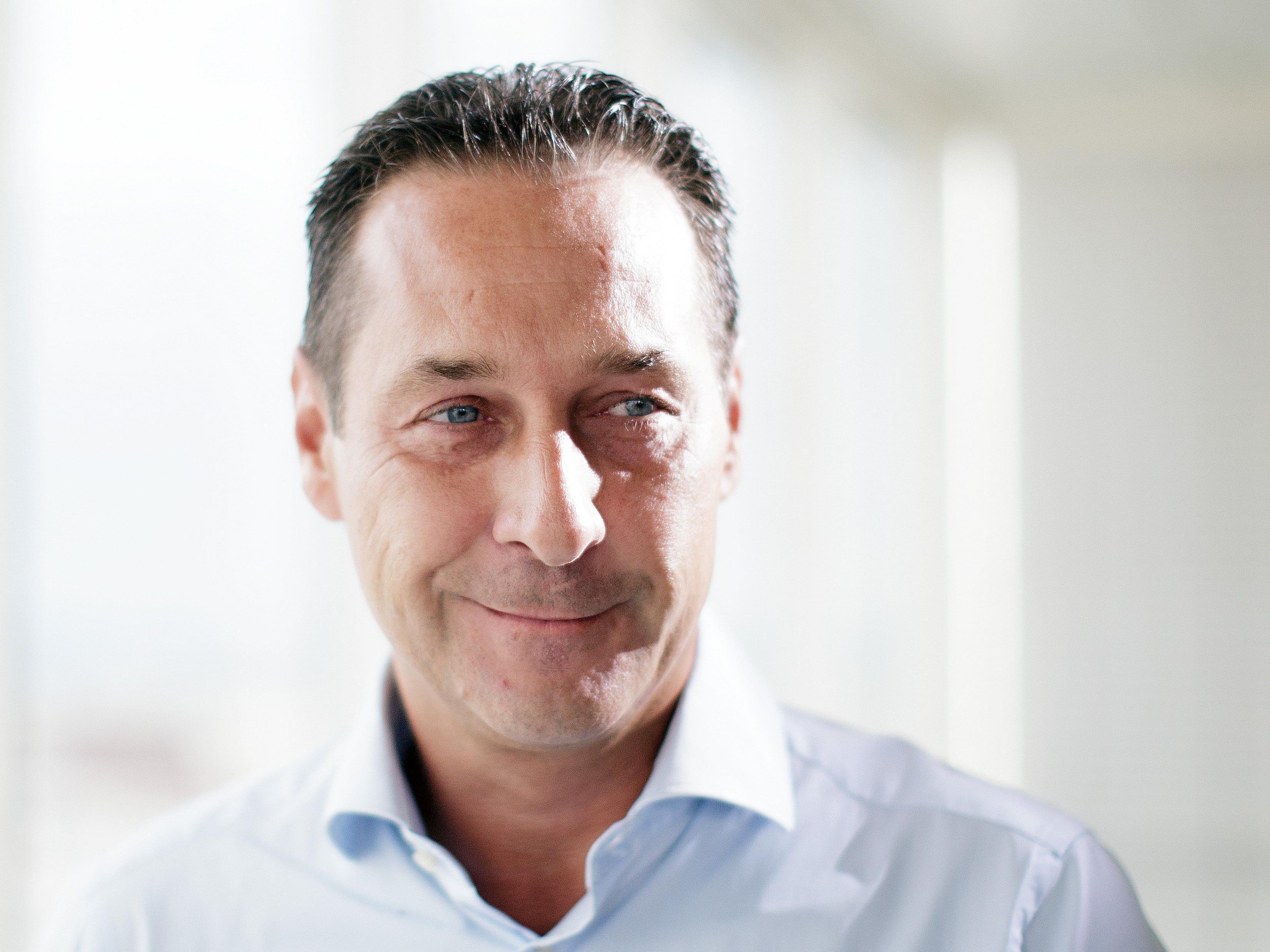 Heinz-Christian Strache (FPÖ) bloggt auf fischundfleisch.com zum Thema Bildung.