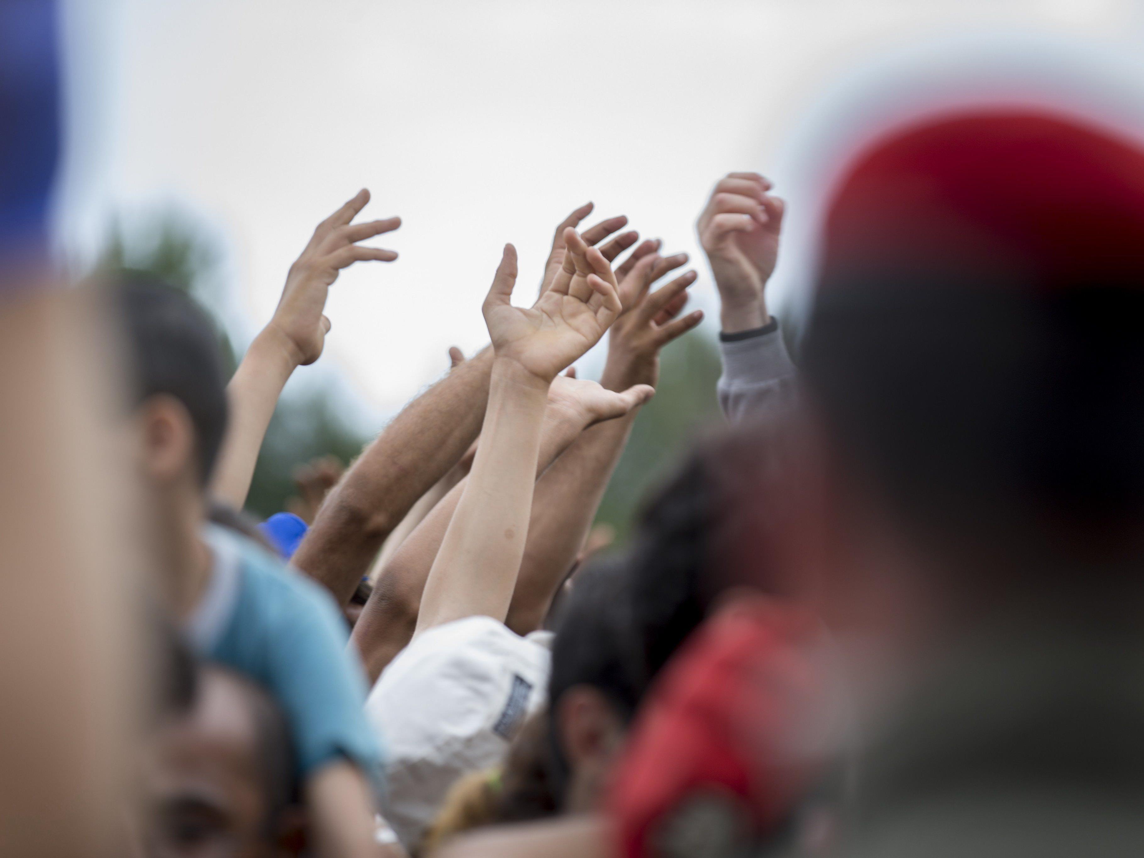 Flüchtlinge - 12.400 Ankömmlinge in Nordeuropa in zwei Wochen