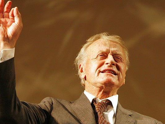 Der Wiener Schauspieler, Regisseur und Theaterleiter Helmuth Lohner verstarb am 23. Juni 2015
