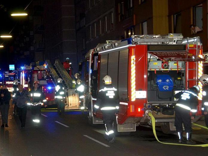 Brandeinsatz in der Nacht in Wien-Favoriten.