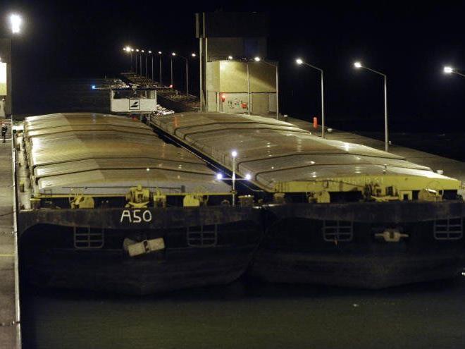 Der Unfall auf der Donau forderte drei Tote.