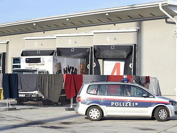 Der Lkw in dem die Flüchtlinge gefunden wurden