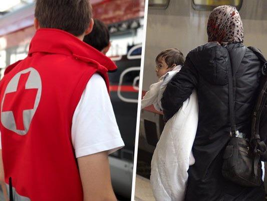 Flüchtlinge - Rund 500 mit Sonderzug am Westbahnhof angekommen