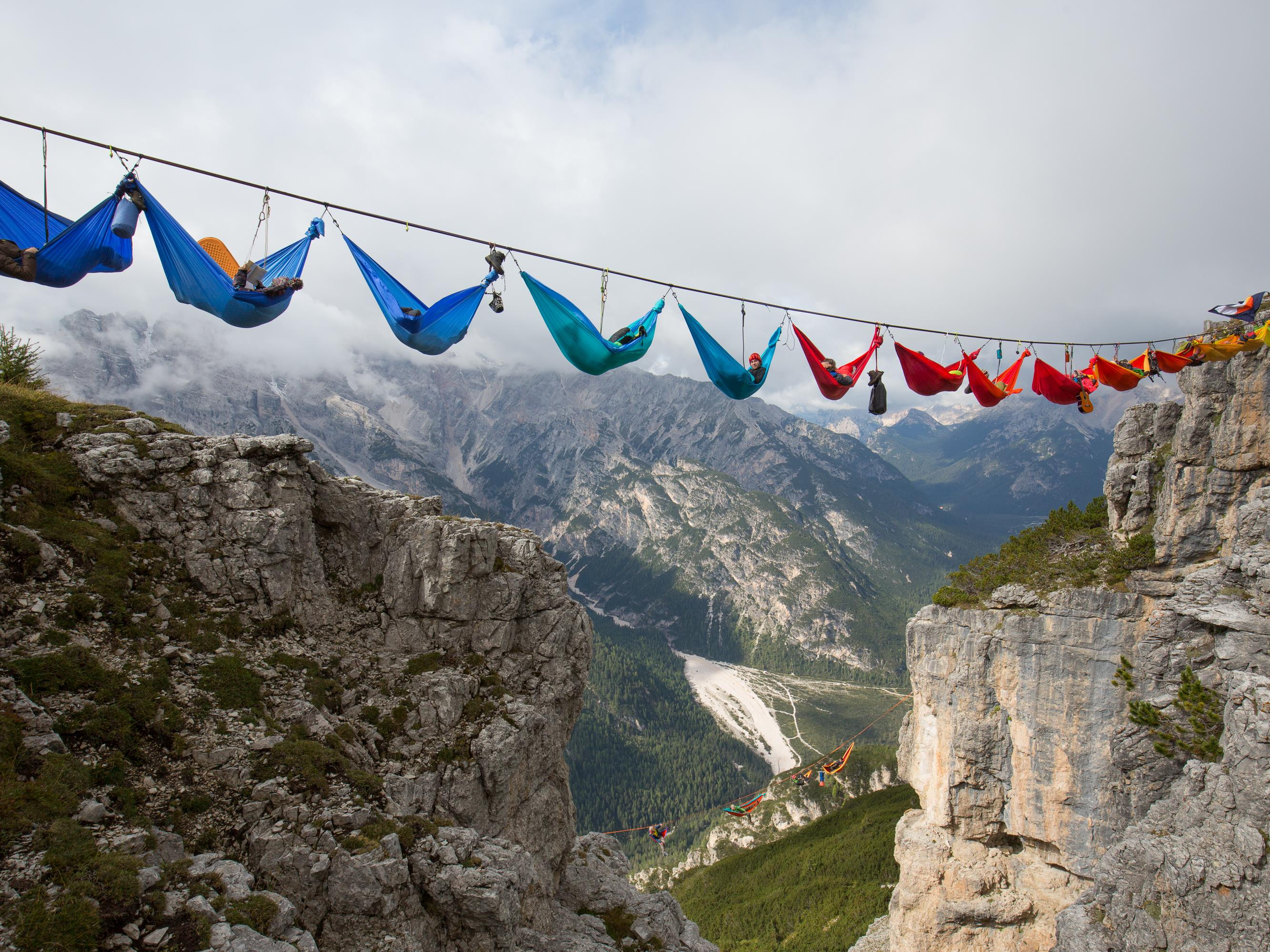 Hängematten-Session beim Highline-Meeting 2015 auf dem Monte Piana.