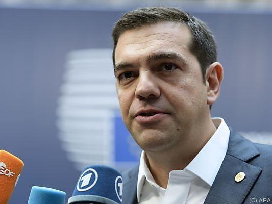 Ministerpräsident Tsipras wirbt um das neue Sparpaket