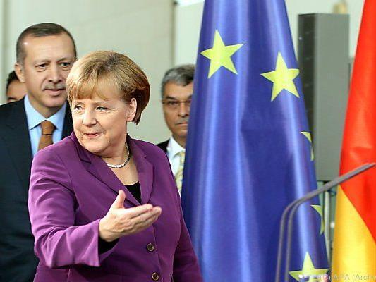Merkel braucht türkische Mithilfe